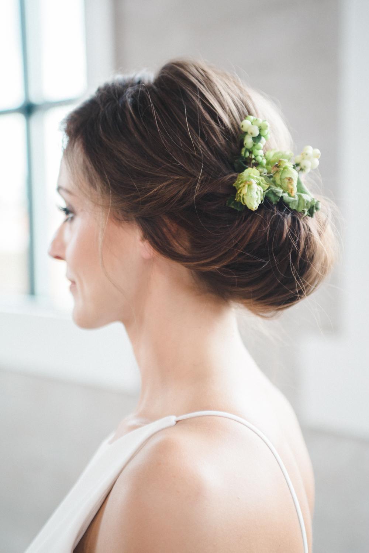 teal_modern-romantic-orange-industiral-wedding-inspiration37