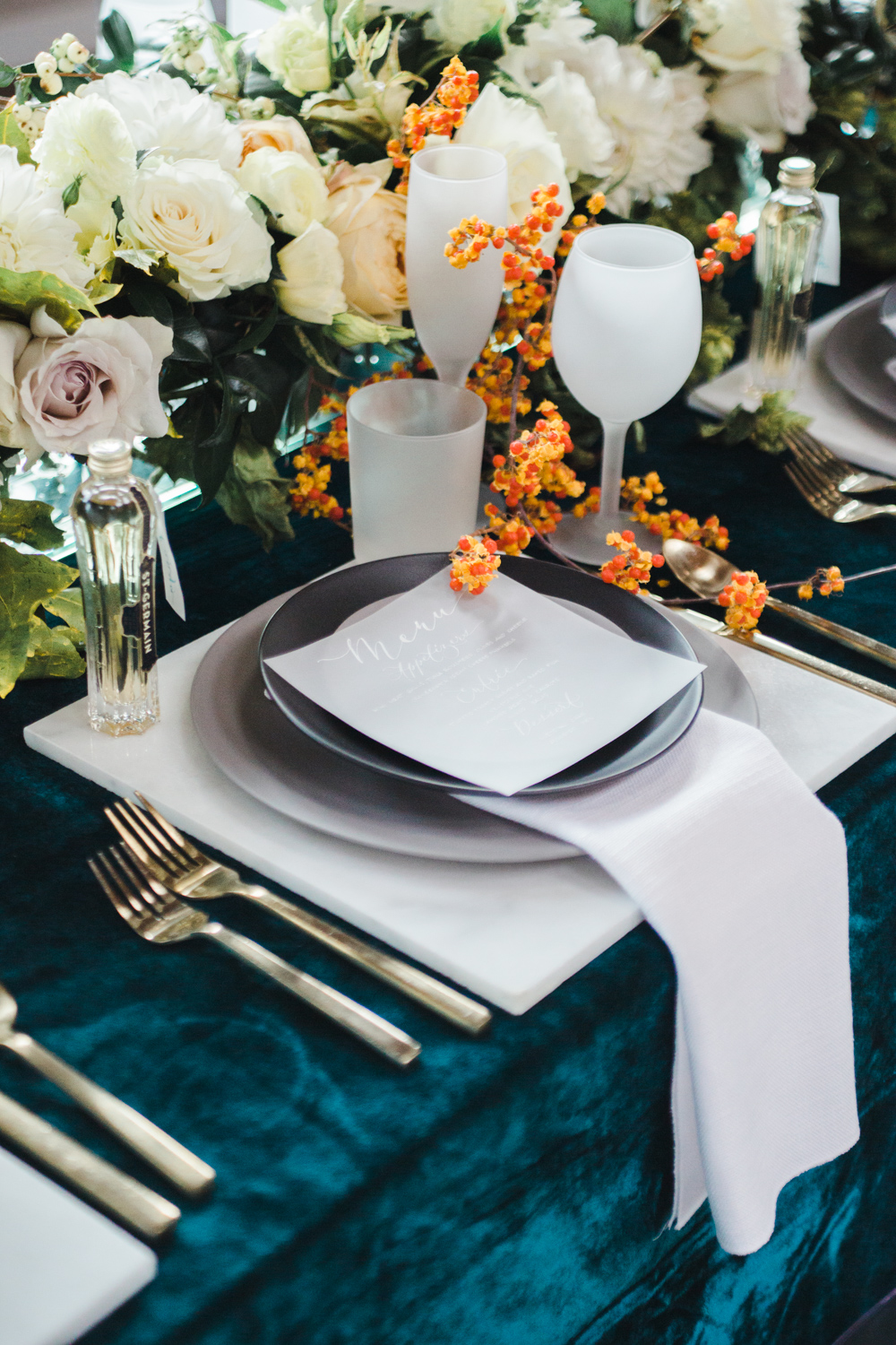 teal_modern-romantic-orange-industiral-wedding-inspiration49