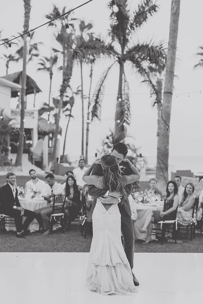 cabo-surf-hotel-destination-pastel-floral-wedding-inspiration28