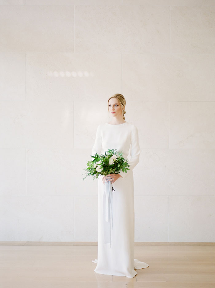 chic-gallery-minimal-modern-white-wedding-inspiration01