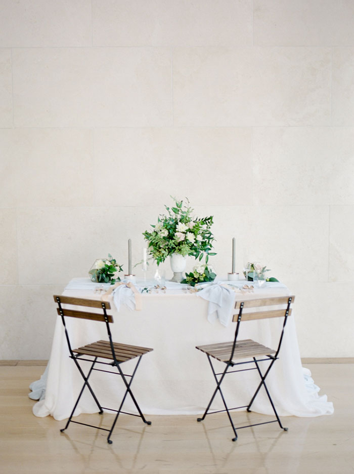 chic-gallery-minimal-modern-white-wedding-inspiration10