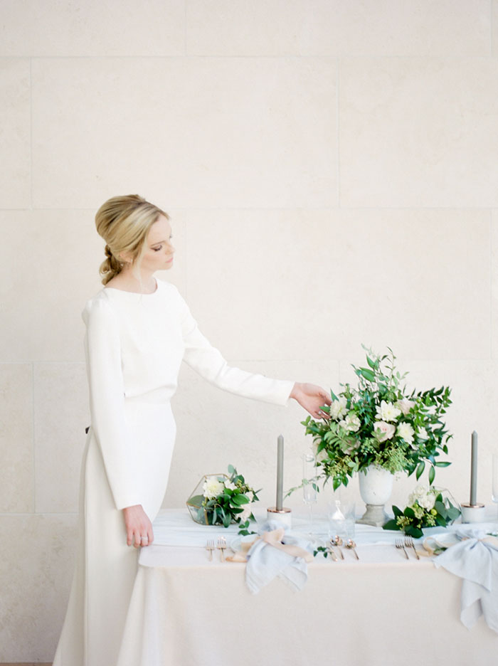 chic-gallery-minimal-modern-white-wedding-inspiration17
