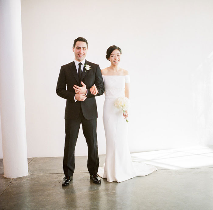 contemporary-arts-center-new-orleans-modern-orchid-wedding-inspiration23