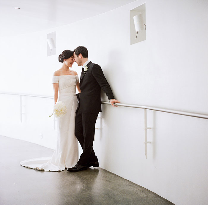 contemporary-arts-center-new-orleans-modern-orchid-wedding-inspiration24