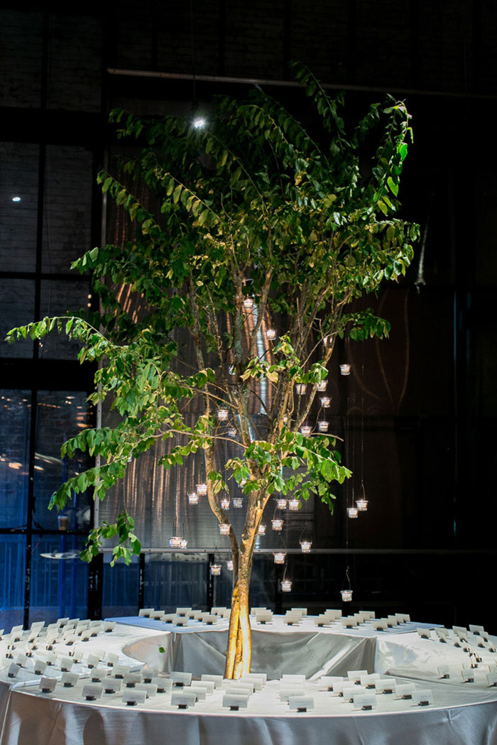 contemporary-arts-center-new-orleans-modern-orchid-wedding-inspiration29