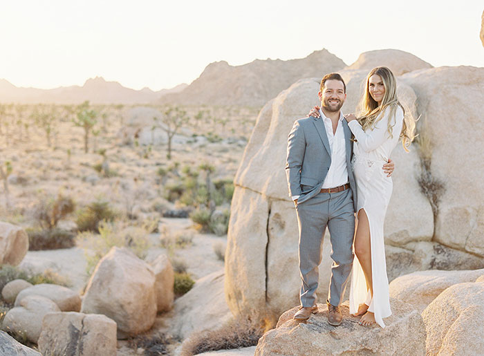 joshua-tree-desert-modern-boho-engagment-session13