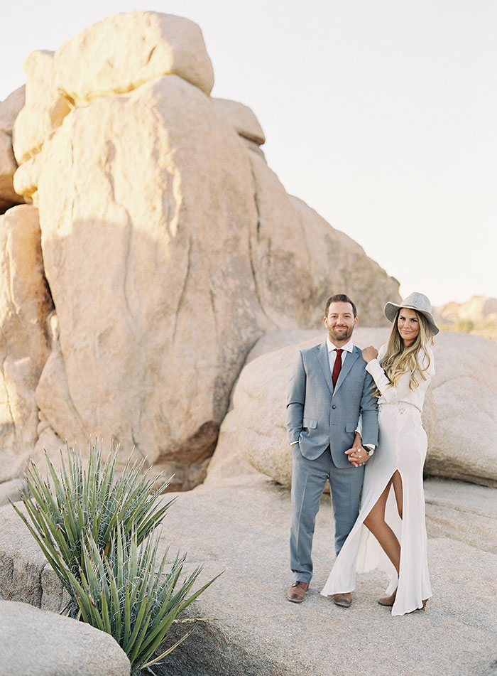 joshua-tree-desert-modern-boho-engagment-session21