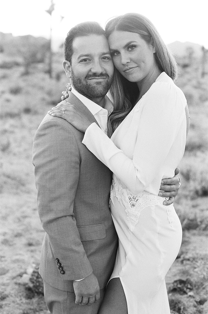joshua-tree-desert-modern-boho-engagment-session30