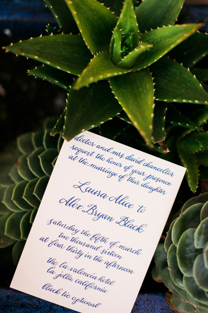 la_jolla_blue_floral_wedding_san_diego_inspiration02