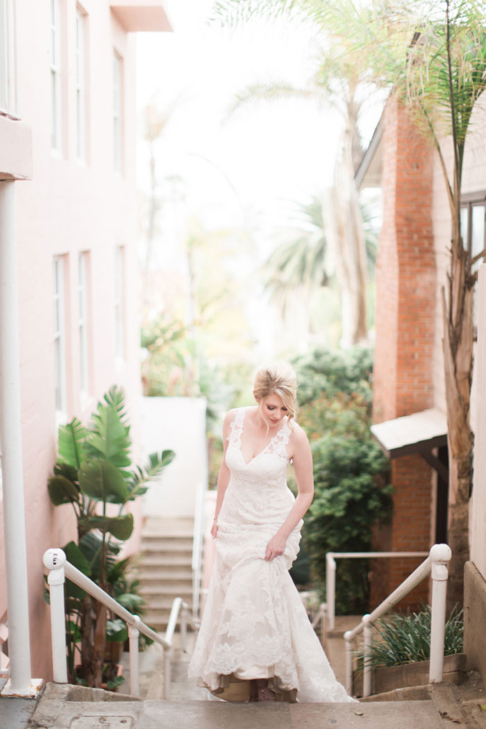 la_jolla_blue_floral_wedding_san_diego_inspiration14