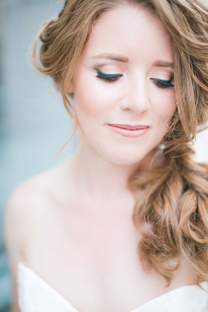 lady-grey-denver-colorful-emerald-cake-wedding-inspiration-shoot15