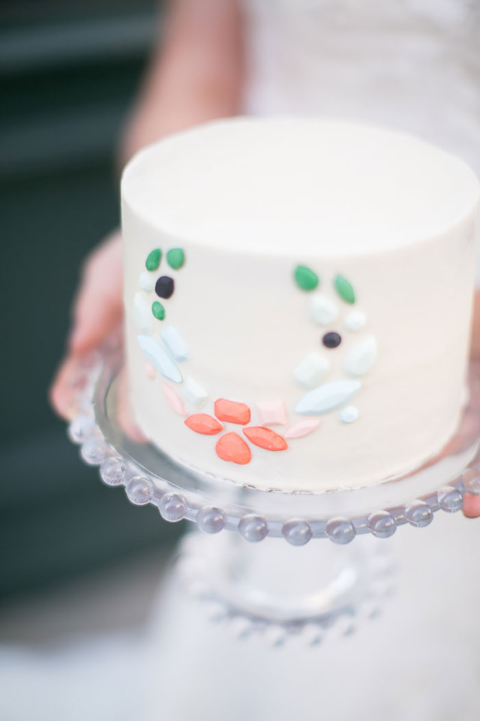 lady-grey-denver-colorful-emerald-cake-wedding-inspiration-shoot19