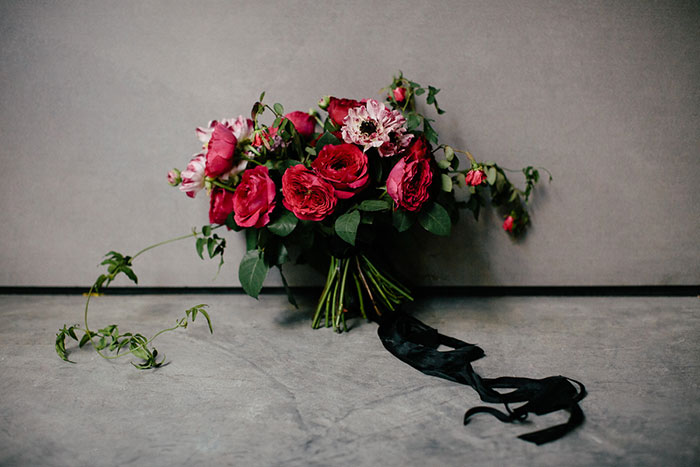 moody-rich-red-winter-contemporary-wedding-inspiration27