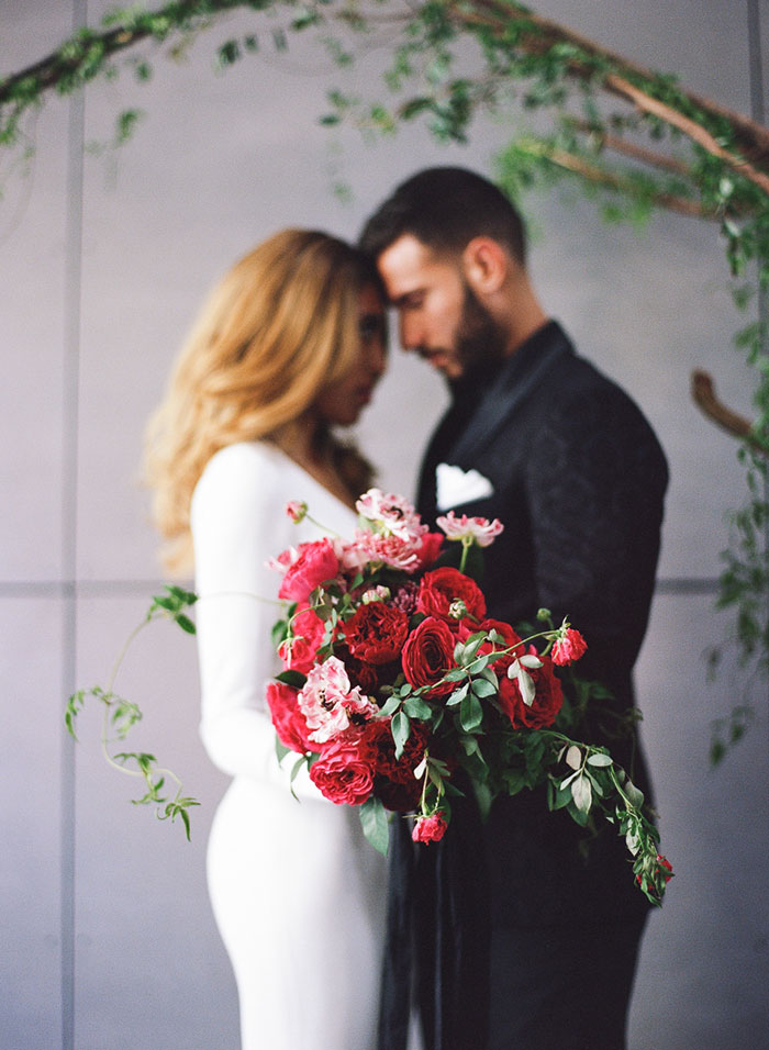 moody-rich-red-winter-contemporary-wedding-inspiration31