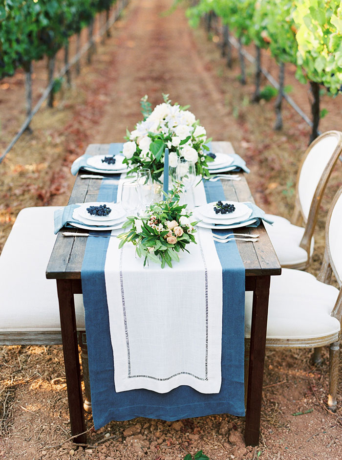 northern-california-blue-organic-linen-calligraphy-vineyard-inspiration-shoot16