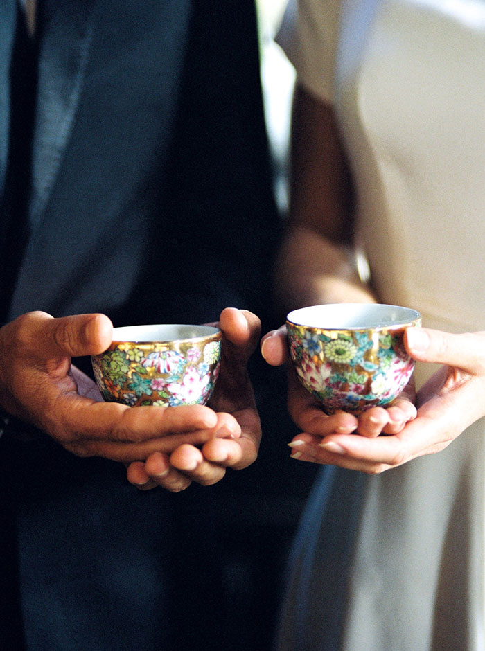 old-world-asian-jade-moody-romantic-vintage-wedding-inspiration32