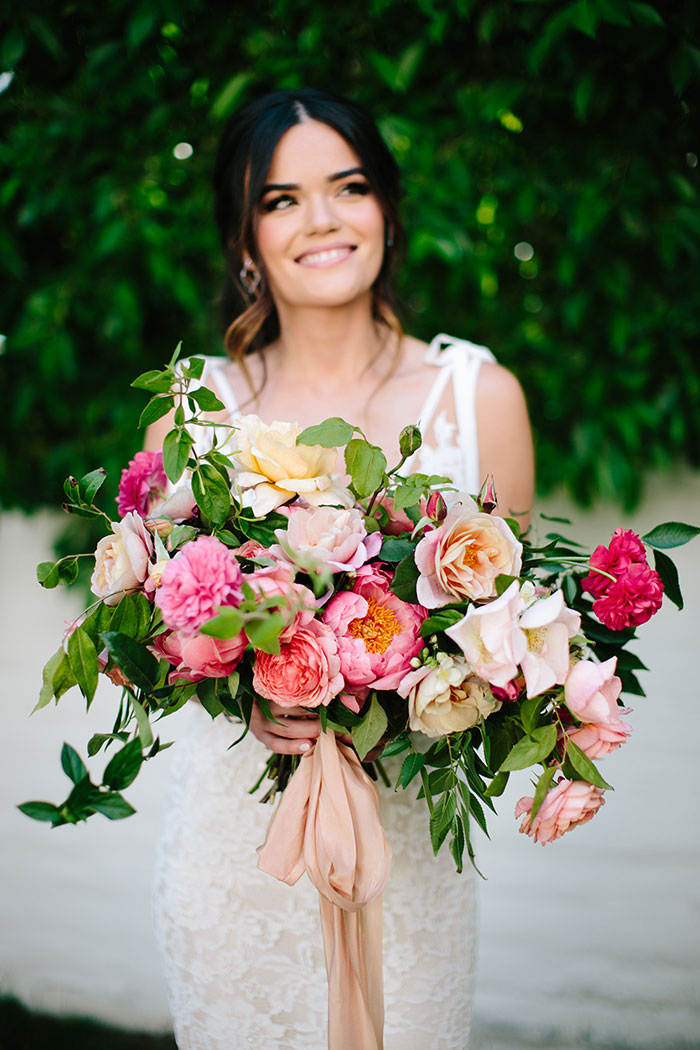 parker-palm-springs-modern-glam-geometric-pink-wedding-inspiration05