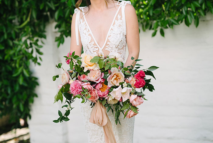 parker-palm-springs-modern-glam-geometric-pink-wedding-inspiration32