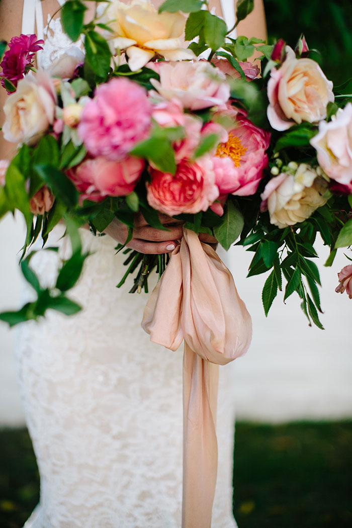 parker-palm-springs-modern-glam-geometric-pink-wedding-inspiration33