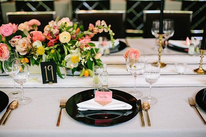 parker-palm-springs-modern-glam-geometric-pink-wedding-inspiration40