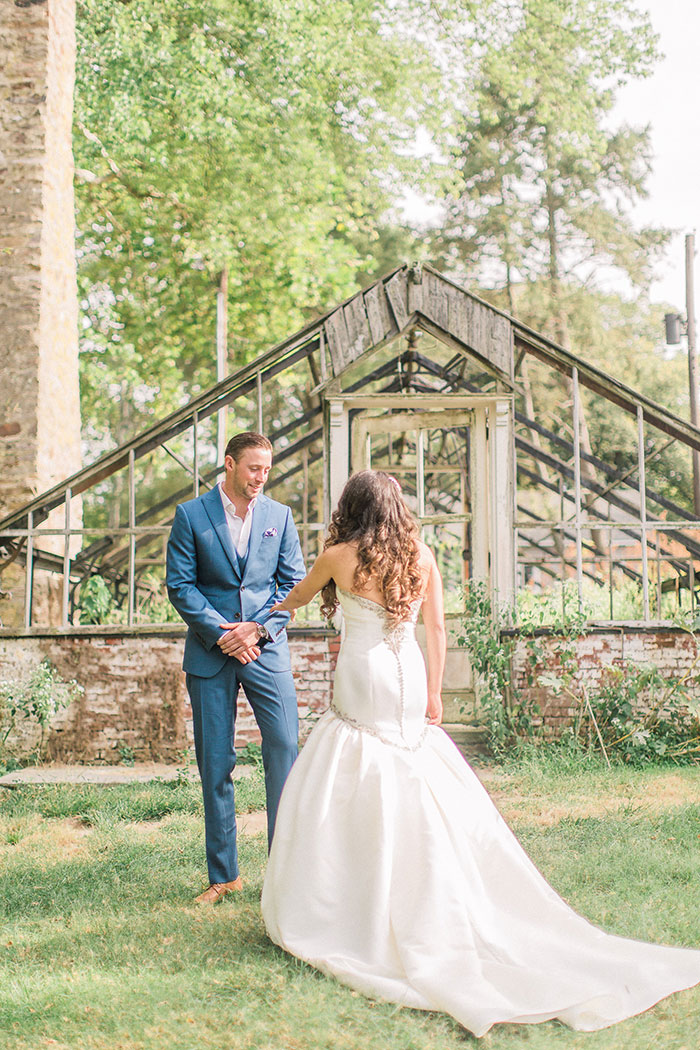philander-chase-knox-estate-philidelphia-rustic-elegant-forest-pastel-floral-wedding-inspiration02