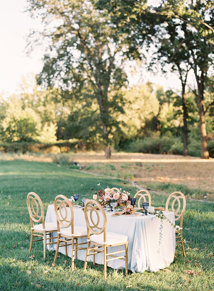 romantic-sonoma-sunset-inspiration-ashy-coral-purple-wedding-california00