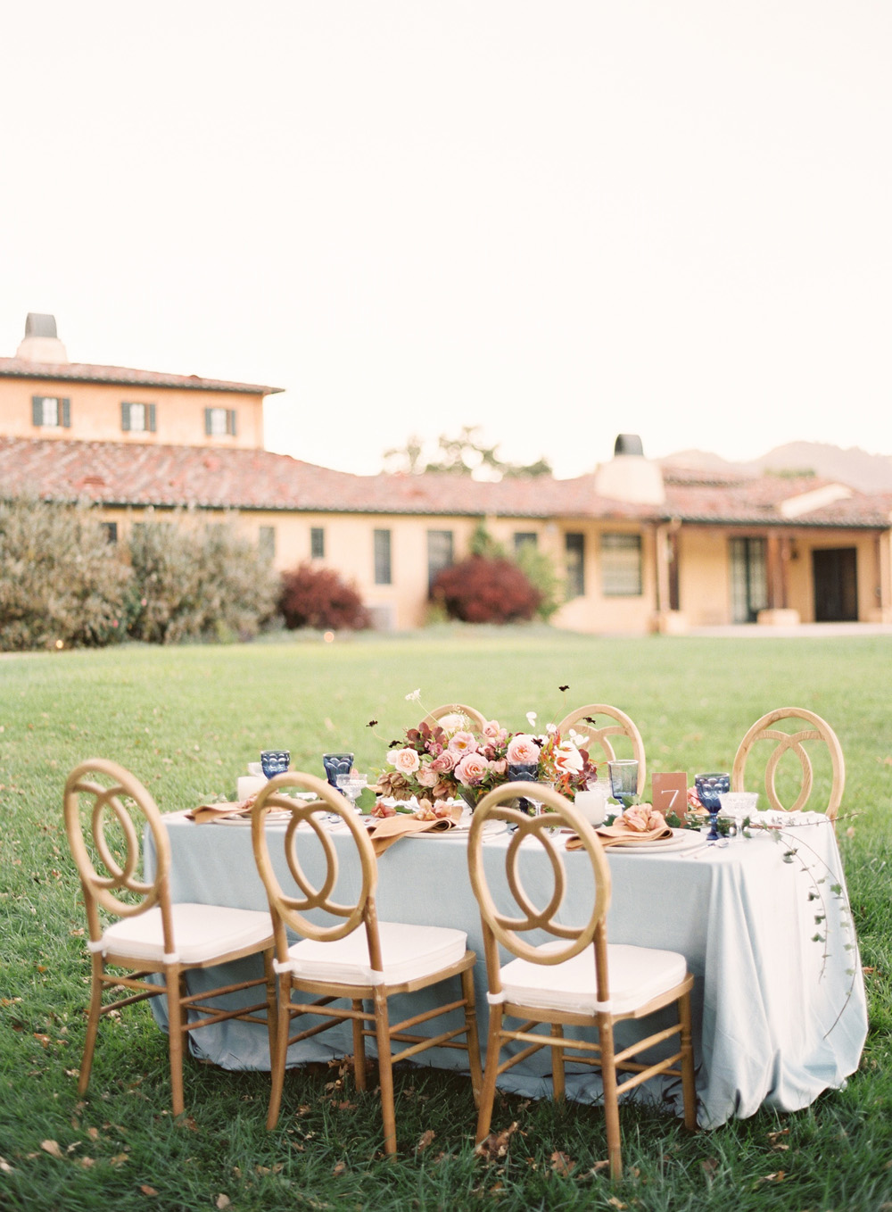 romantic-sonoma-sunset-inspiration-ashy-coral-purple-wedding-california02