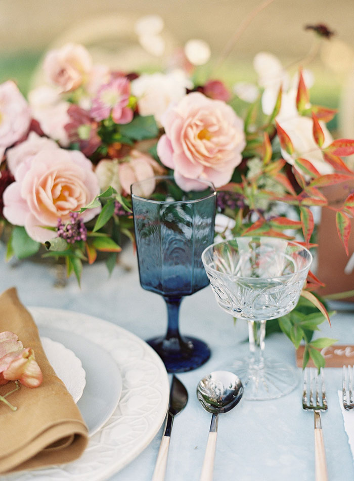 romantic-sonoma-sunset-inspiration-ashy-coral-purple-wedding-california11