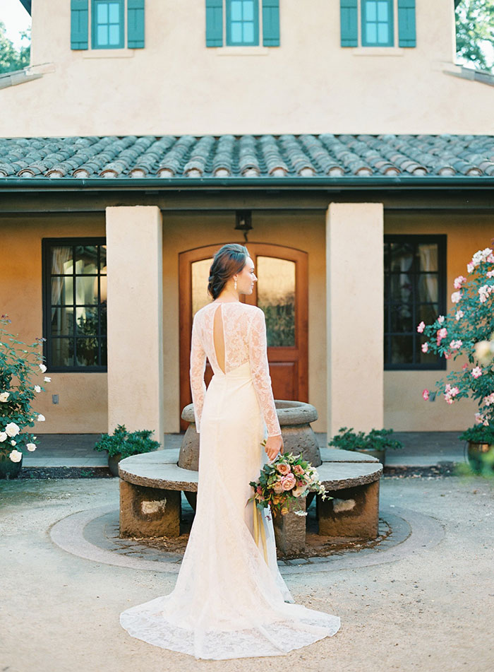 romantic-sonoma-sunset-inspiration-ashy-coral-purple-wedding-california32