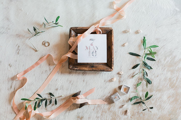 conti-san-bonifacio-tuscany-destination-coral-pink-magenta-wedding-inspiration01