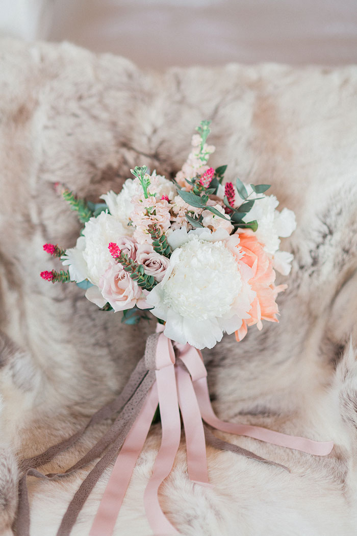 conti-san-bonifacio-tuscany-destination-coral-pink-magenta-wedding-inspiration09