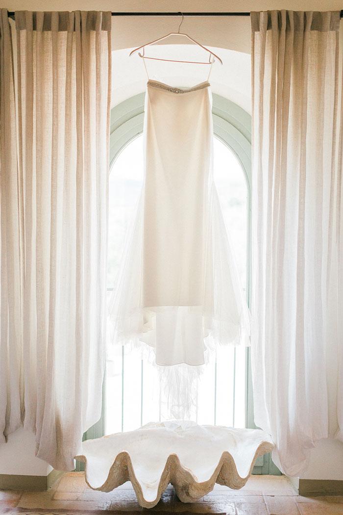 conti-san-bonifacio-tuscany-destination-coral-pink-magenta-wedding-inspiration12