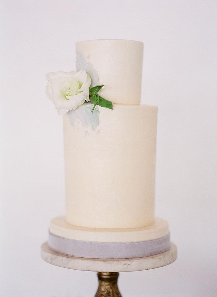 ardor-etherial-old-world-elegance-wedding-inspiration31_1