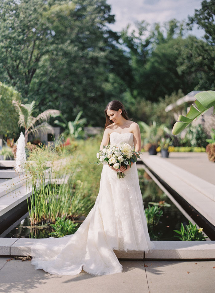 Cleveland Botanical Gardens White Clic Blue Fl Wedding