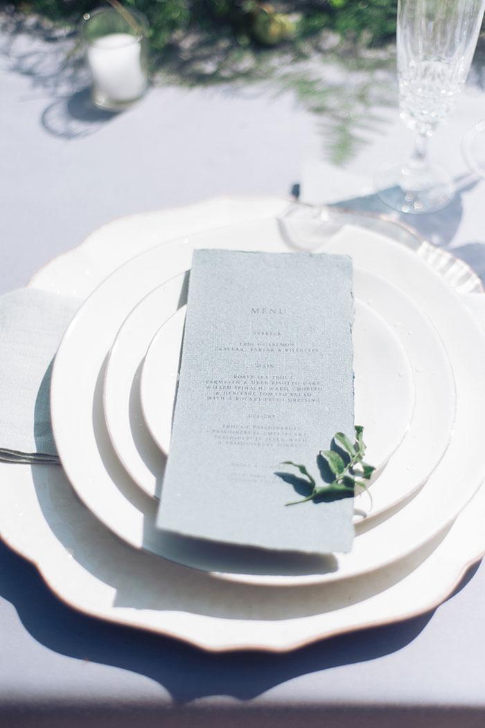 flourish-fragile-elegant-organic-romatic-dusty-blue-european-wedding-inspiration-shoot15