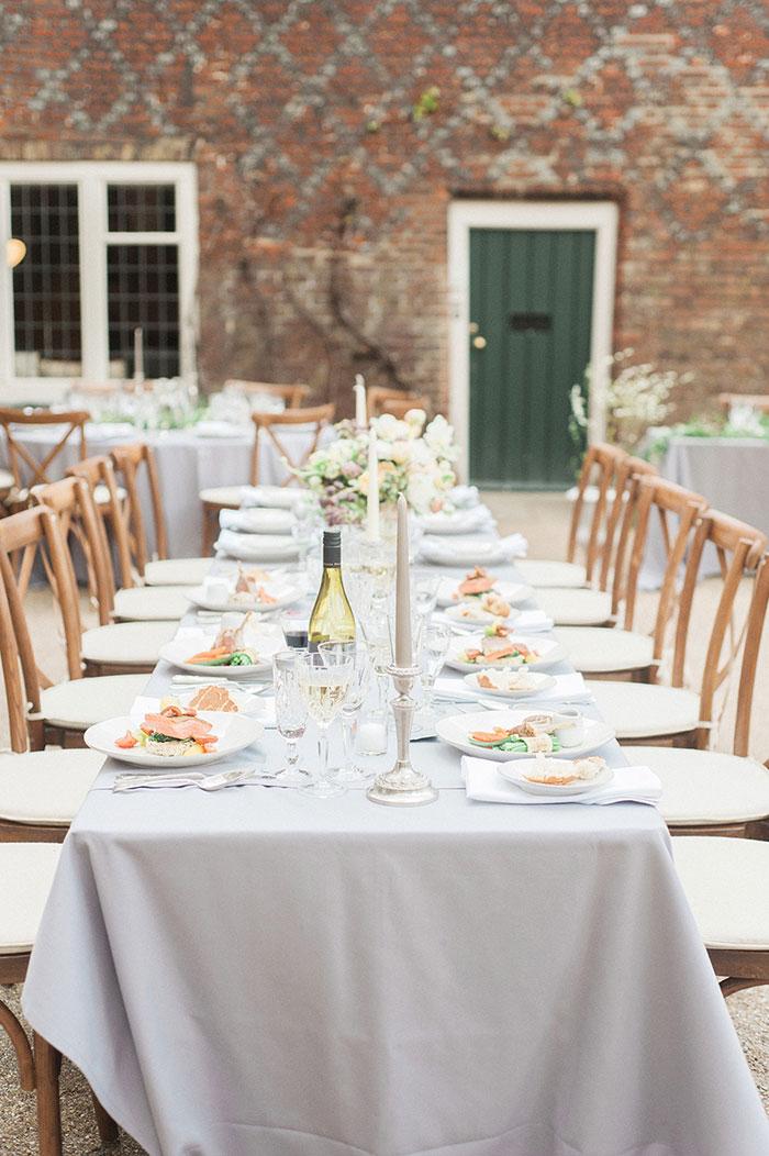 flourish-fragile-elegant-organic-romatic-dusty-blue-european-wedding-inspiration-shoot36