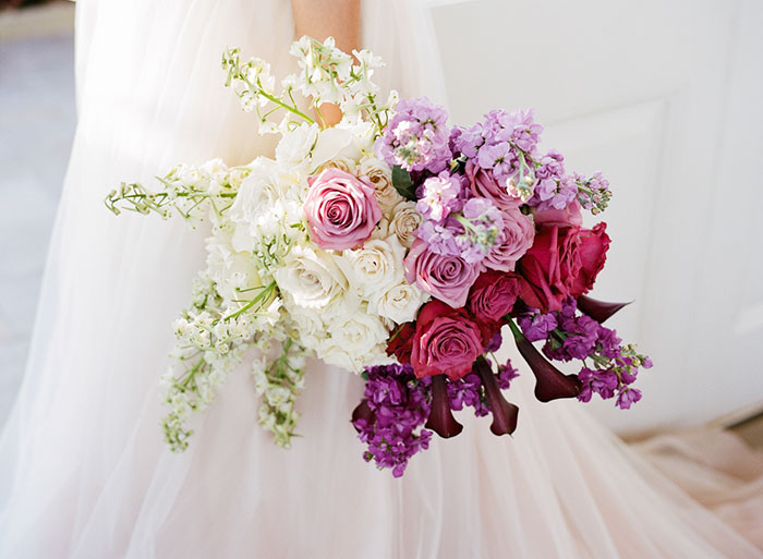 glam-new-orleans-lilac-magenta-pink-floral-dramatic-wedding-inspiration29