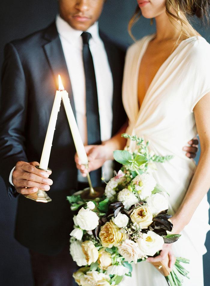 modern-ocher-lush-moody-floral-wedding-inspiration16