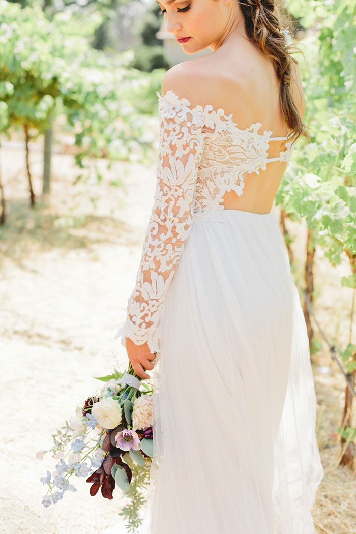 rustic-organic-boho-vineyard-wedding-inspiration-shoot09