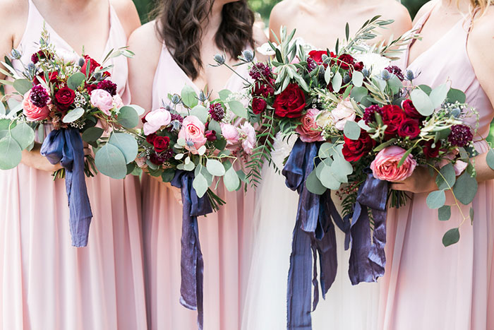 sedona-arizona-pink-blue-red-classic-red-rock-wedding-inspiration03