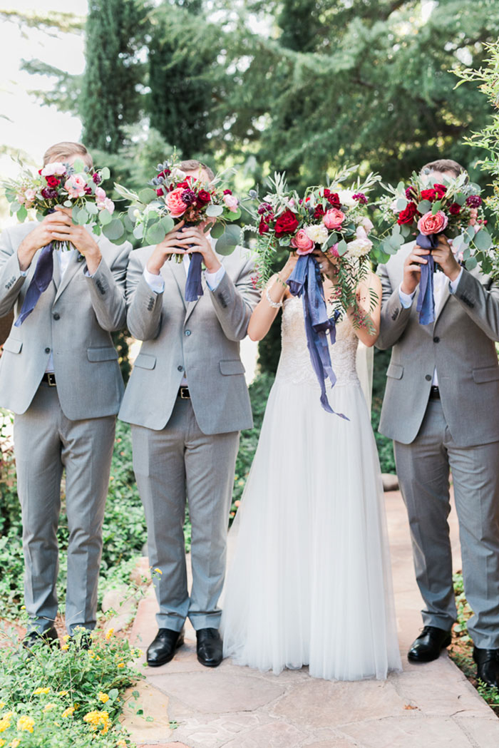 sedona-arizona-pink-blue-red-classic-red-rock-wedding-inspiration04