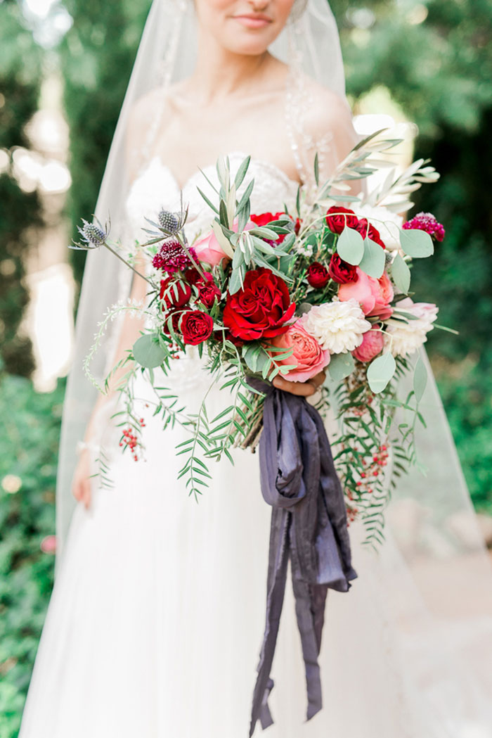 sedona-arizona-pink-blue-red-classic-red-rock-wedding-inspiration10