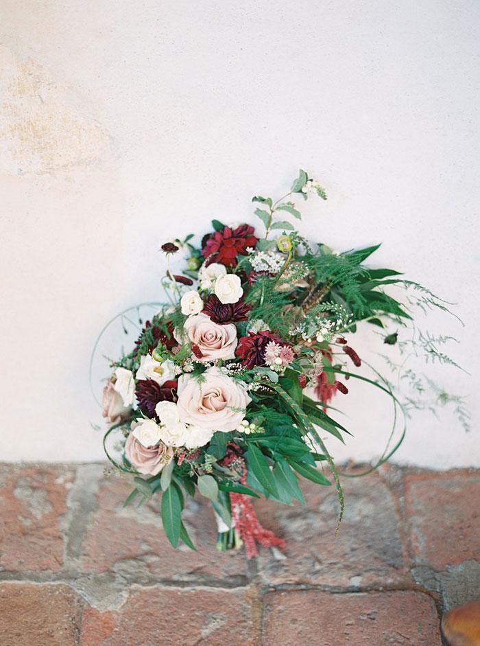 serra-plaza-orange-county-rustic-romantic-lavender-wedding-inspiration13