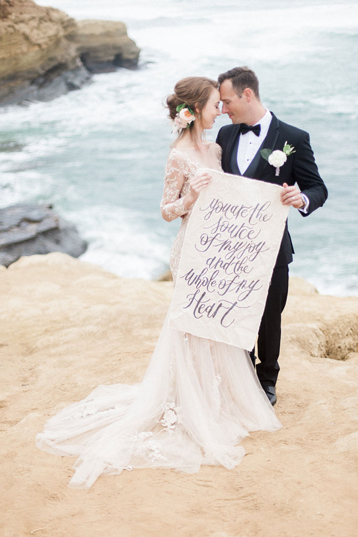 sunset-cliffs-san-diego-black-white-calligraphy-lace-ocean-inspiration-shoot26
