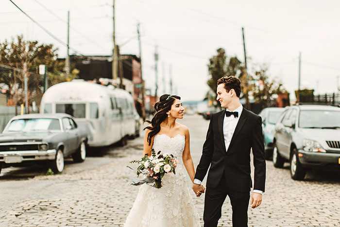 the-liberty-warehouse-new-york-industrial-romantic-moody-wedding-inspiration15