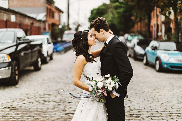 the-liberty-warehouse-new-york-industrial-romantic-moody-wedding-inspiration16