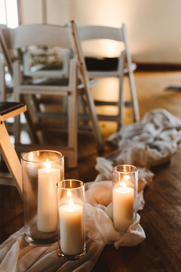 the-liberty-warehouse-new-york-industrial-romantic-moody-wedding-inspiration31