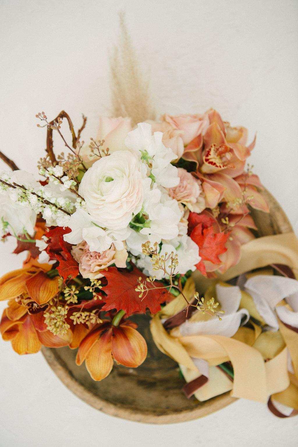 Deep Autumn Color Palette Earthy Fall Floral Inspiration Best Wedding Blog