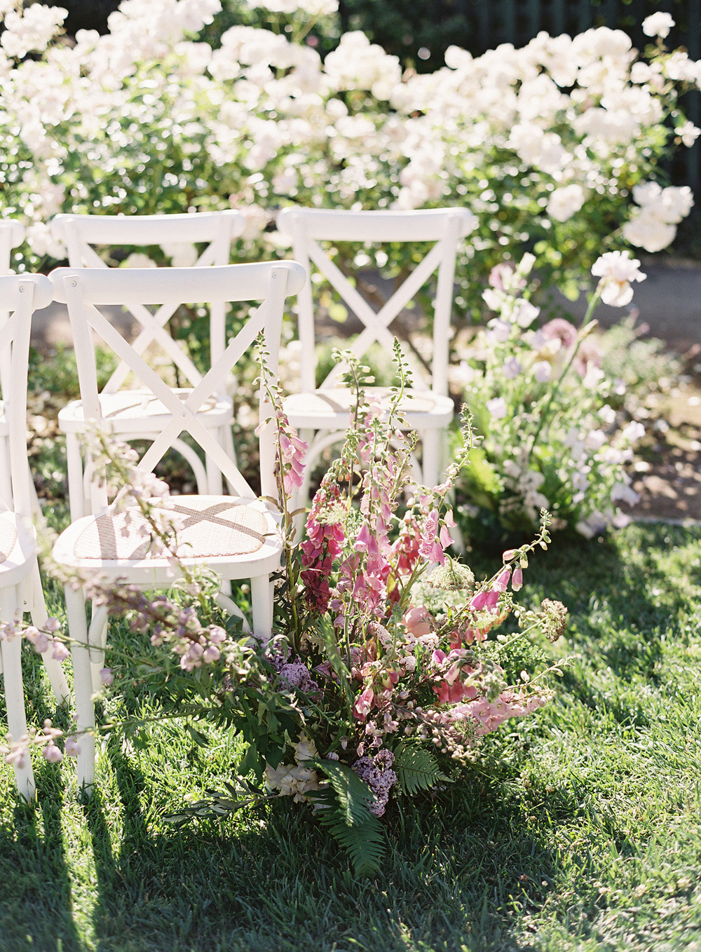2485b8a2642 We love the sunlight-streaked joy of the day and it s all captured  beautifully by Lynette Boyle Photography.