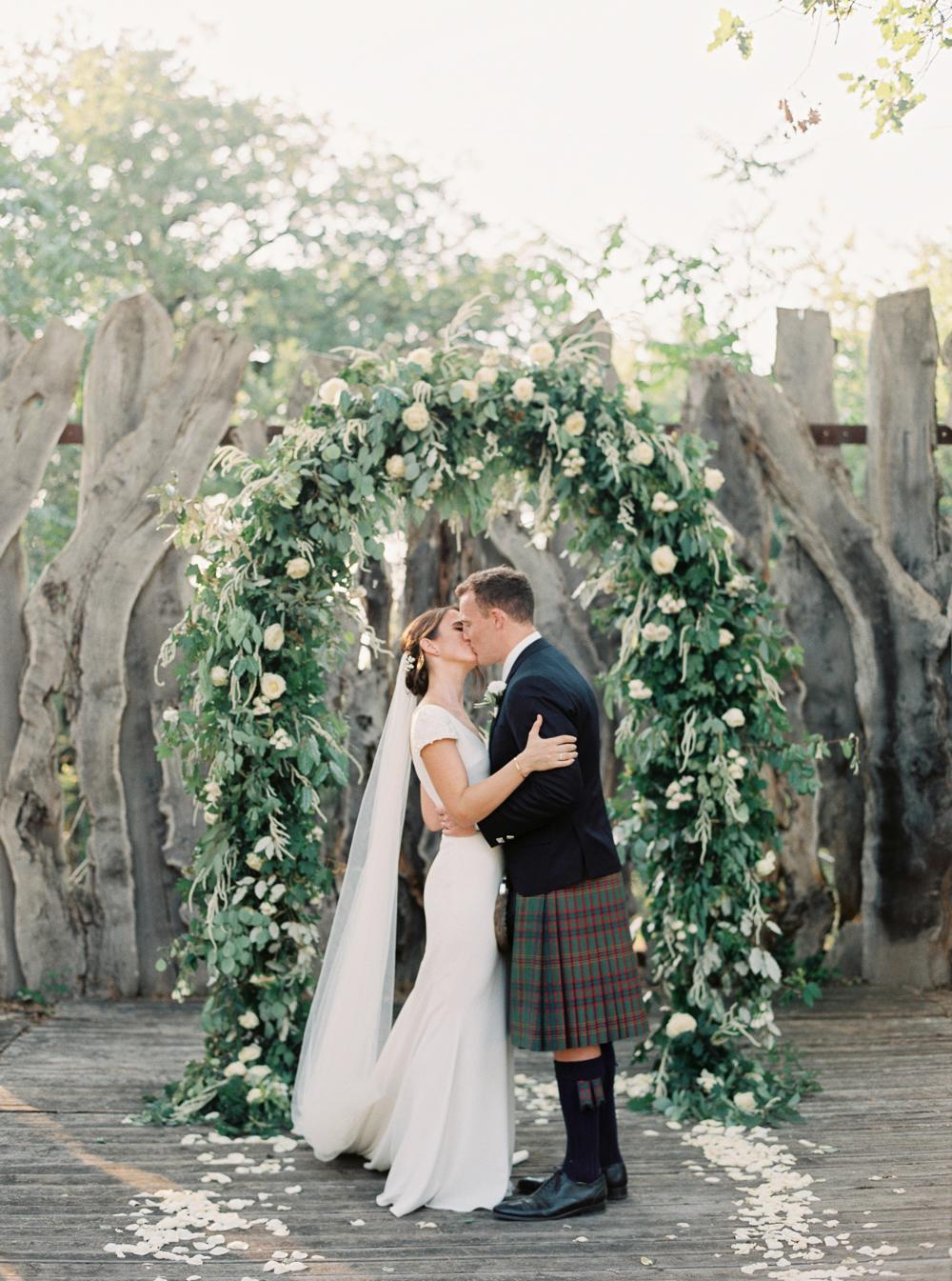 Fiori Wedding.Alice And Tom S Tuscan Villa Wedding Best Wedding Blog